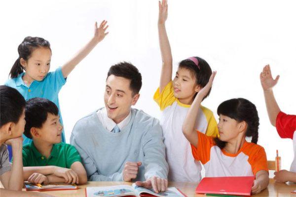 ef小学英语在线—为了给国家孩子提供契合其身心进步的语言学习